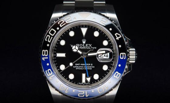 一块手表闯天下——两地时腕表更方便