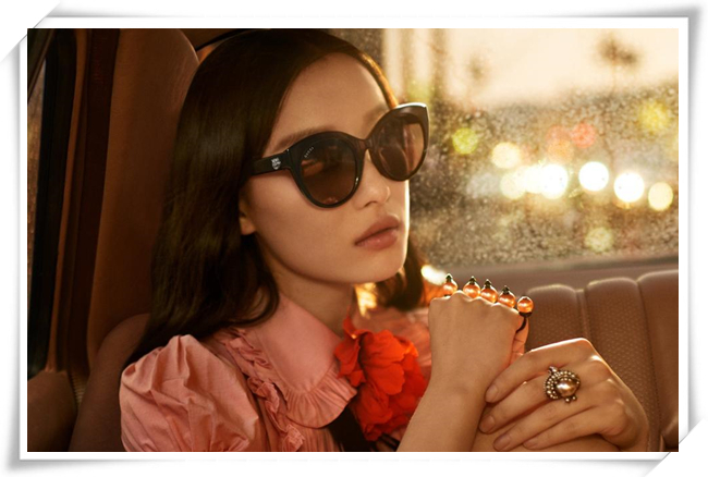 继李宇春之后 倪妮也开始走向时尚潮路线
