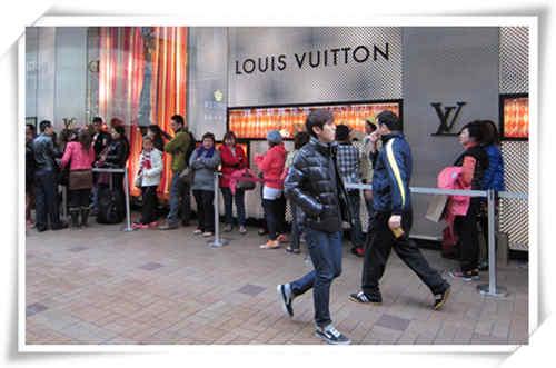 """国人是奢侈品消费的主力军 你在这个领域""""贡献""""了吗?"""