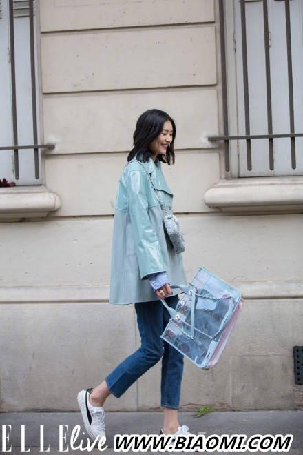 各种风格轻松驾驭 来看大表姐刘雯的巴黎时装周 热点动态 第3张