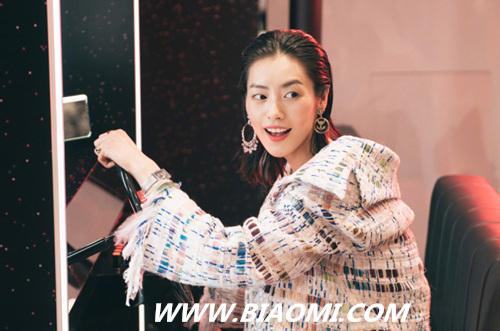 香奈儿可可小姐现实游乐厅 嘉宾刘诗诗,刘雯江疏影谁更醒目 热点动态 第2张