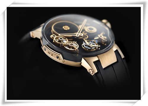 雅典表《经理人自由之轮陀飞轮腕表》