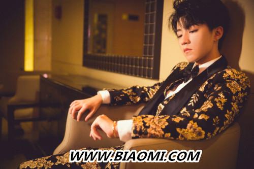 王俊凯中餐厅后遗症?来看这个精致boy的时尚之夜 热点动态 第1张