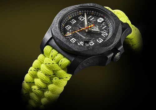 Victorinox维氏I.N.O.X. CARBON碳纤维限量版腕表