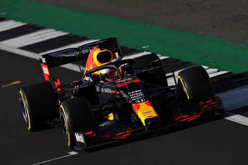 TAG Heuer泰格豪雅推出全新Formula 1(F1系列)计时码表,庆祝与阿斯顿·马丁红牛车队长期合作伙伴关系