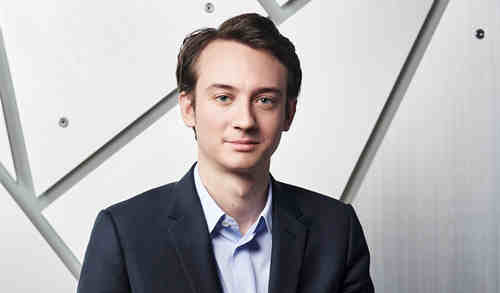 Frédéric Arnault出任TAG Heuer泰格豪雅首席执行官 Stéphane Bianchi领导LVMH集团钟表和珠宝部门