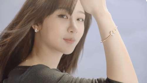 杨紫成为萧邦品牌挚友 用实力为童星正名
