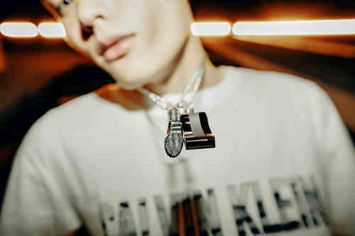 Calvin Klein街头酷项链 X FOURTRY潮流合伙人限量盒等你来踹(Try)!